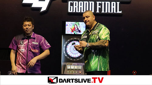 THE WORLD 2018 GRAND FINAL QUARTER FINAL MATCH 1【DARTSLIVE.TV】