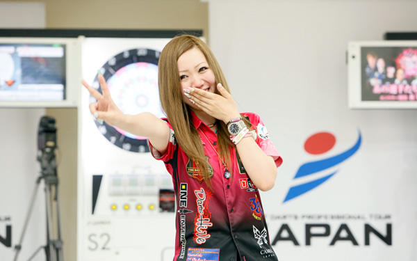 STORY OF DARTSLIVE OFFICIAL PLAYER ~佐々木沙綾香~