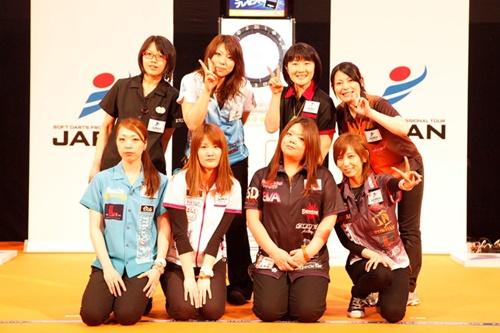 ladies8_st1_500.jpg